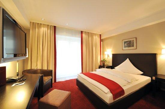 guest room billede af kastens hotel luisenhof hannover tripadvisor. Black Bedroom Furniture Sets. Home Design Ideas