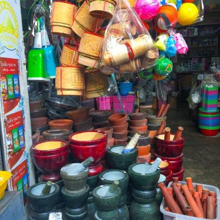 Chatchai Market: Market scenes