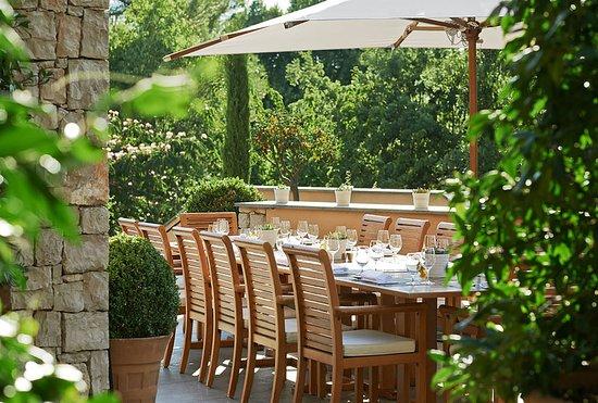 Tourrettes, Frankrig: Restaurant