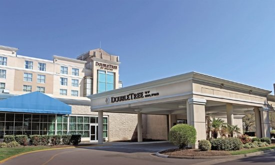 DoubleTree by Hilton Norfolk Airport Hotel