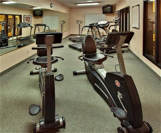 West Des Moines, IA: Health club
