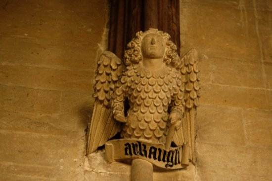 Fairford, UK: Stone angel roof support