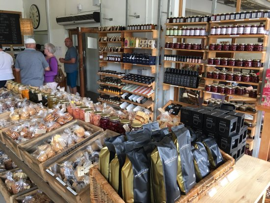 Ou Meul Bakkery: Snacks, preserves, honey, coffee, olive oil on sale