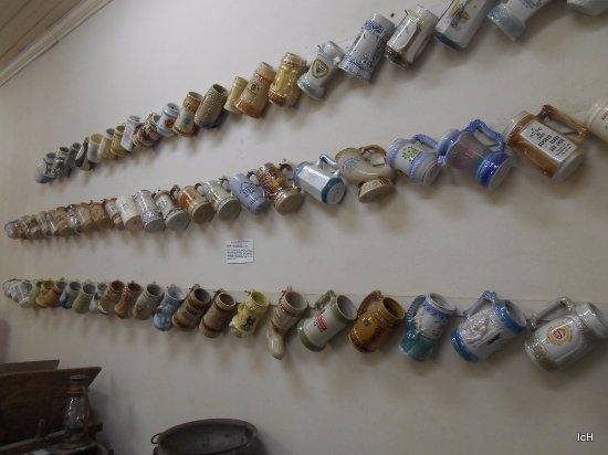Nova Hartz, RS: Museu Histórico de Nova Hartz: canecas de chopp