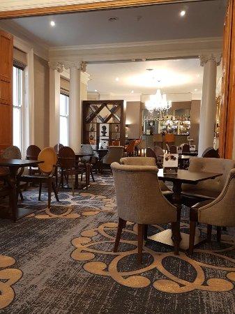 DoubleTree by Hilton Cheltenham: 20171203_091728_large.jpg