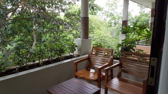 Kebun Villas & Resort: balcony