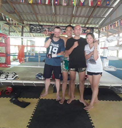 Kru Lek Muay Thai Gym