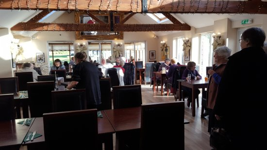 Alveley, UK: Main restaurant