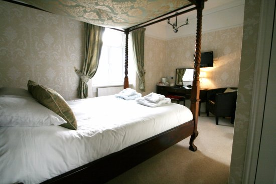 Ferndale Lodge: Room 6 Four Poster