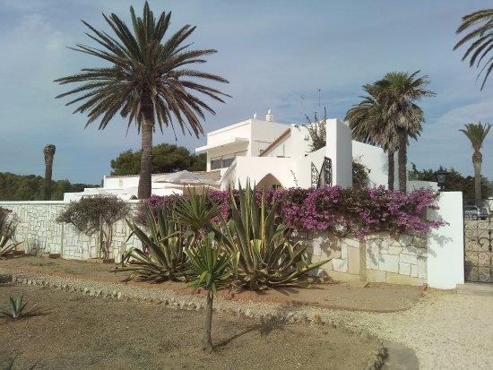 villa de bord de mer photo de praia de benagil lagoa tripadvisor. Black Bedroom Furniture Sets. Home Design Ideas