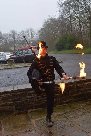 Rossendale, UK: The juggler