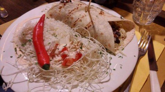 Tex Mex: Burrito