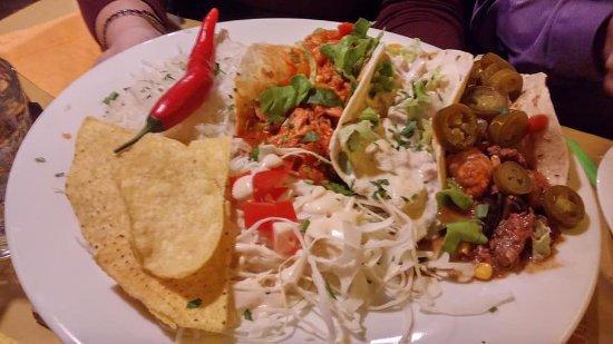 Nago, Italy: Tris di tortillas