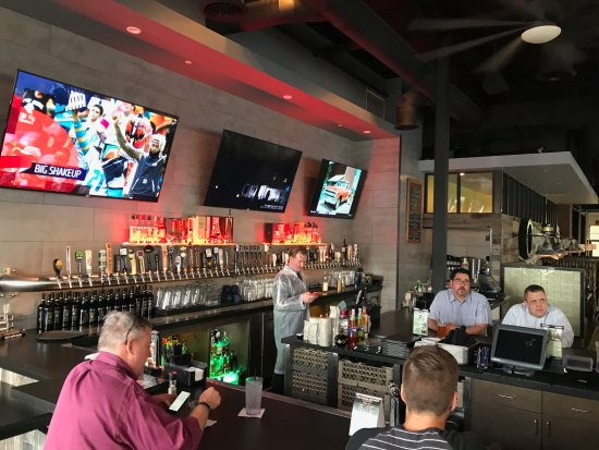 Aliso Viejo, Kalifornien: Sports bar