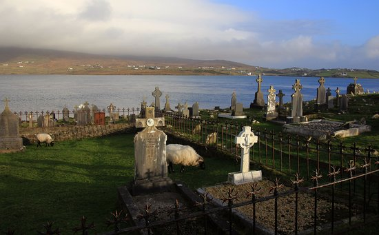 Achill Island, Irland: Kildavnet Castle