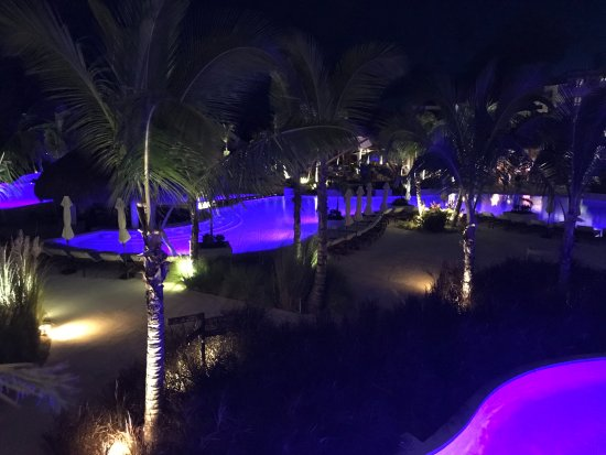 Secrets Cap Cana Resort & Spa: Night view of infinity pool from building 6