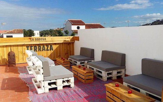 La Bodega: Roof terrace in a sun trap