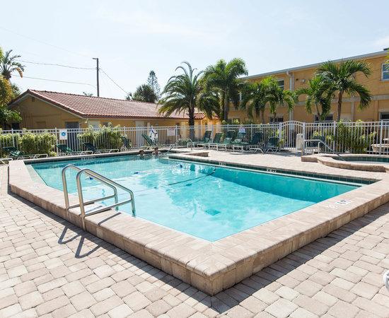 siesta beach resort suites 158 1 7 1 updated. Black Bedroom Furniture Sets. Home Design Ideas