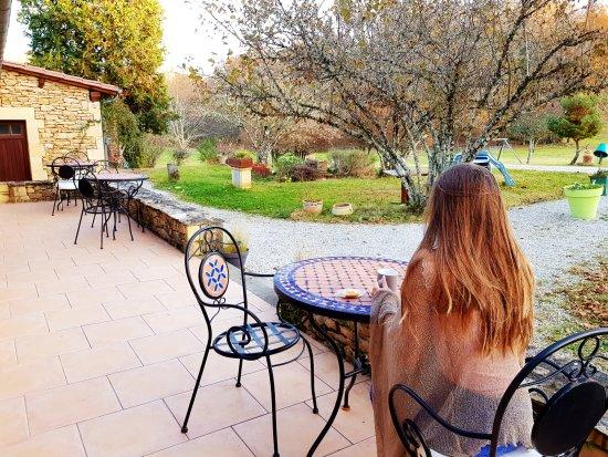 Saint-André-d'Allas, Francia: Sur la terrasse des Filolies