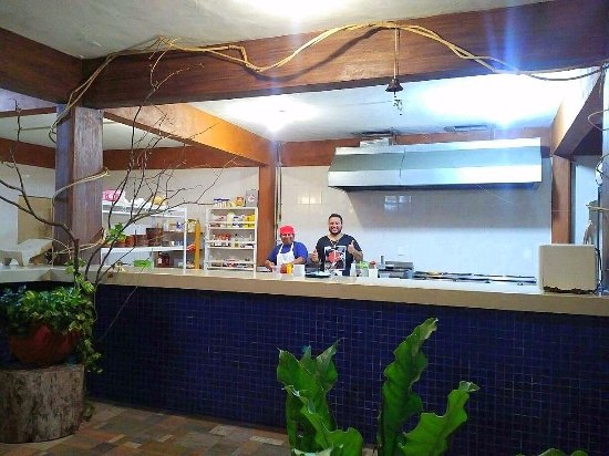 Emytito: Very large and extremely clean kitchen /(where all the food magic occurs)! :-)