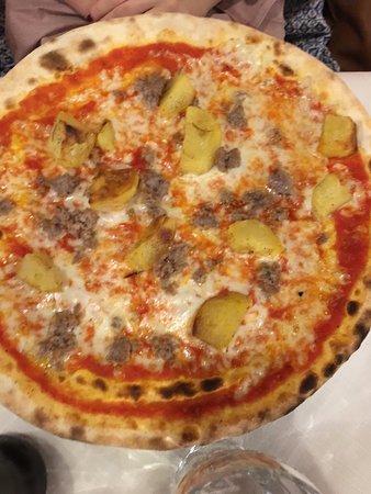 Silea, Italy: Pizza Clarabella € 7,20