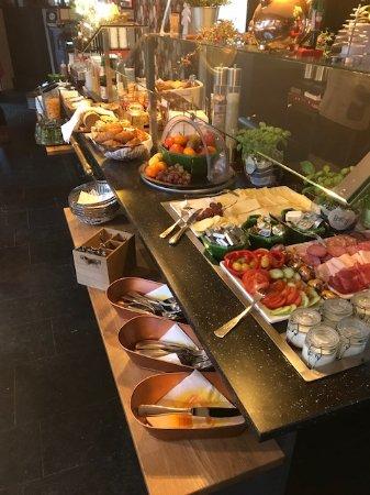 Hotel 3 Koenige: Ontbijtbuffet
