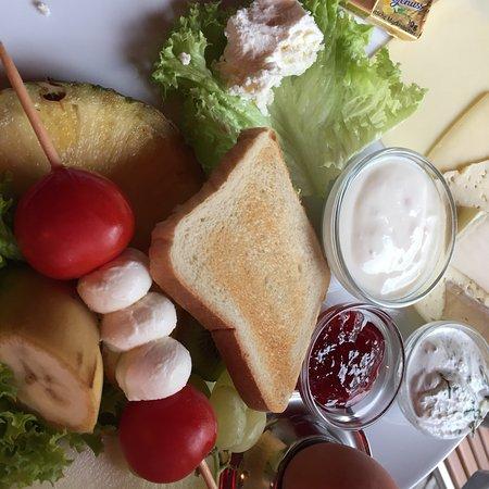 Cafe Bleibtreu Brunch