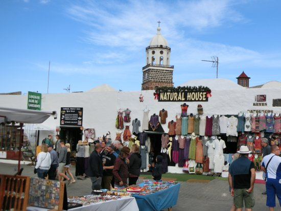markt photo de teguise market teguise tripadvisor. Black Bedroom Furniture Sets. Home Design Ideas