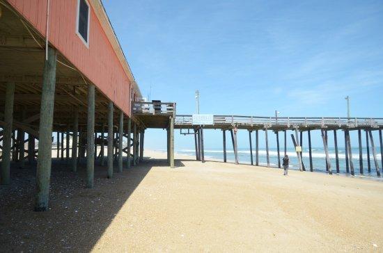 Rodanthe Pier: l'edificio ed il molo