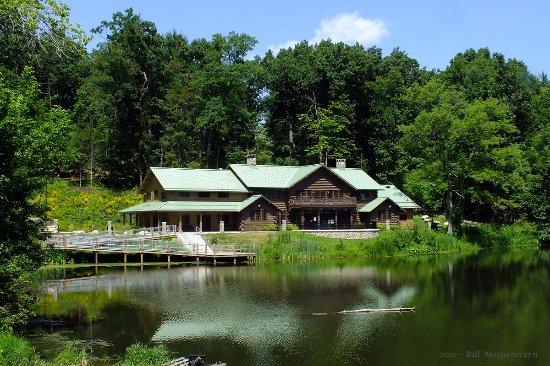 Springfield, MA: Porter Lake Ecological Center - Forest Park