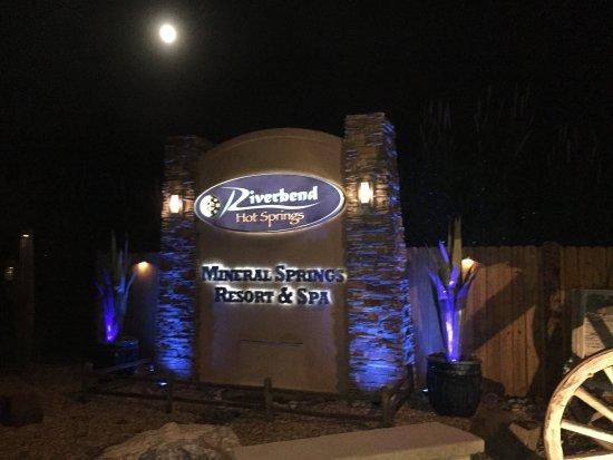 Riverbend Hot Springs: photo0.jpg
