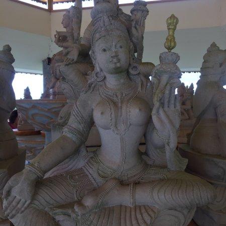 Templo Budista Chagdud Gonpa Khadro Ling: photo4.jpg