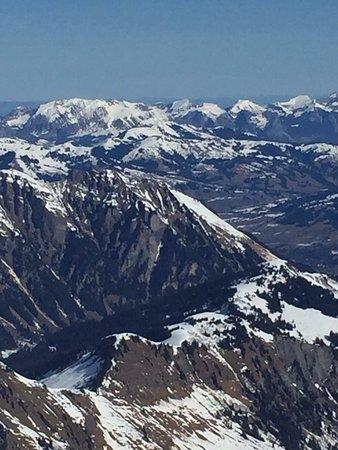 Les Diablerets, Ελβετία: photo2.jpg