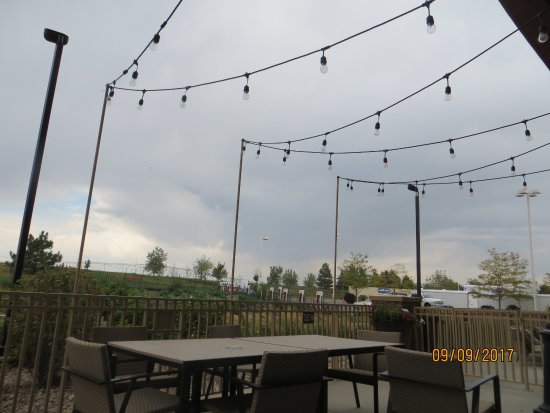 Loveland, CO : Good Times On The Patio