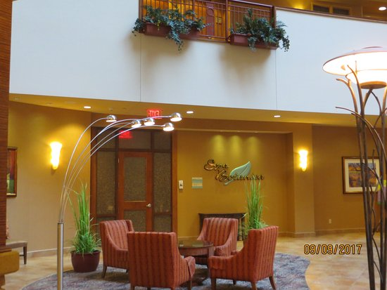 Embassy Suites by Hilton Loveland - Hotel, Spa and Conference Center: Spa Entrance A Must