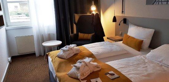 Neckarsulm, Alemanha: Gemütliches Zimmer