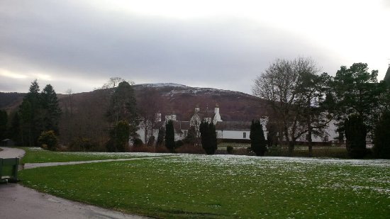 Blair Atholl, UK: Looking to the castle