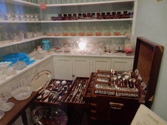 Theodore, AL: Silverware and glassware selection!