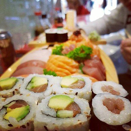 restaurant sushi time dans villeneuve d 39 ascq avec cuisine japonaise. Black Bedroom Furniture Sets. Home Design Ideas