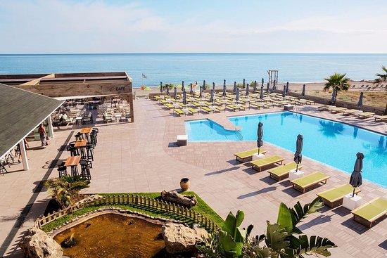 Enorme Eanthia Beach : Swimming Pool 3