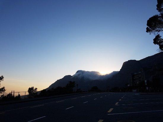 Hike Table Mountain: 20171201_055231_large.jpg
