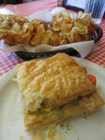 Bell Buckle, TN: curly chips and a chicken pot pie