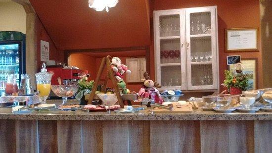 Hotel Petit Casa da Montanha: CAfé da Manhã com muito charme