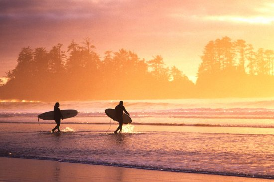 Wickaninnish Inn and The Pointe Restaurant: Family Surf Lesson