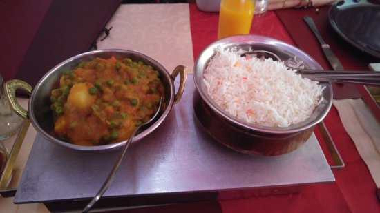 Strassen, Luxembourg: Aloo matar and rice dish