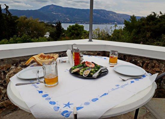 "Restaurant Panorama: Салат ""Panorama"" в таверне ""Panorama"""