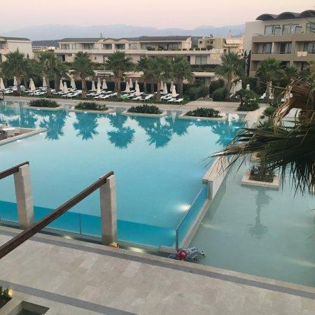 Avra Imperial Hotel: photo0.jpg