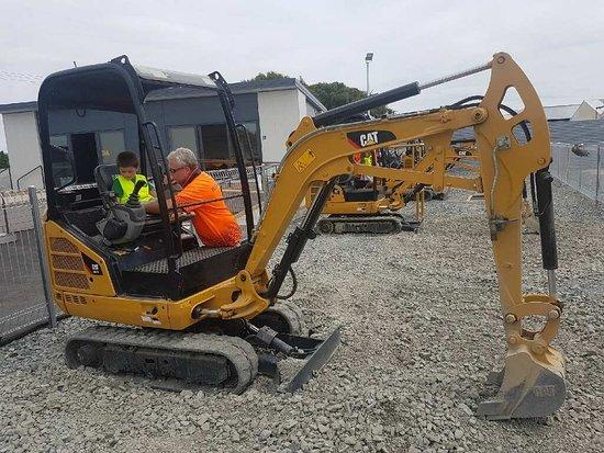 Invercargill, Nowa Zelandia: Declan digger_large.jpg