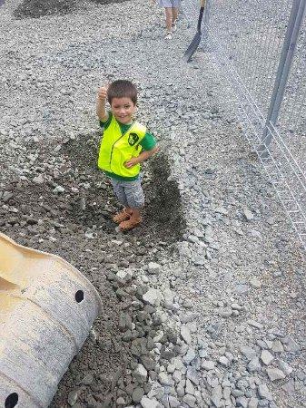 Invercargill, Nowa Zelandia: Declan hole_large.jpg