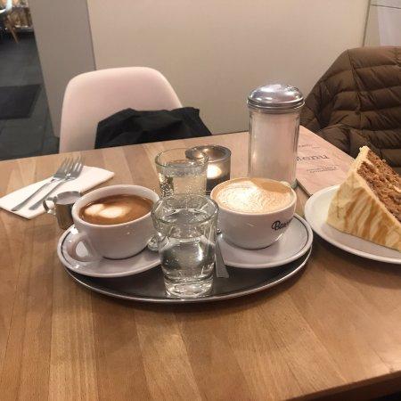 Barcomi's coffeeroastery: photo0.jpg